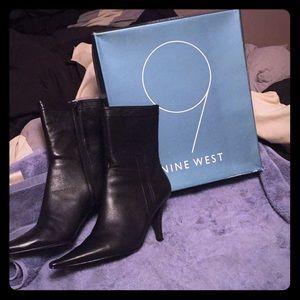 """Nine West 4"""" Ianthero Black Leather Boots!"""